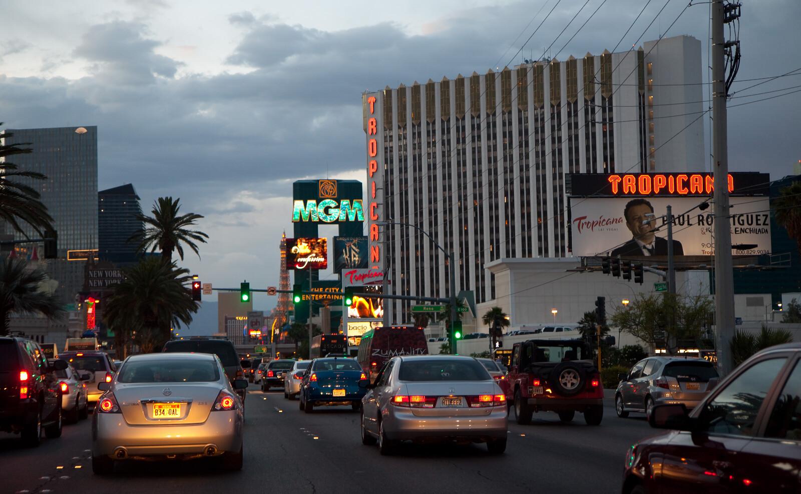 Vegas palms mobile